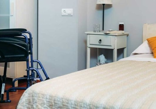 What are the Signs and Symptoms of Nursing Home Abuse in Columbia?